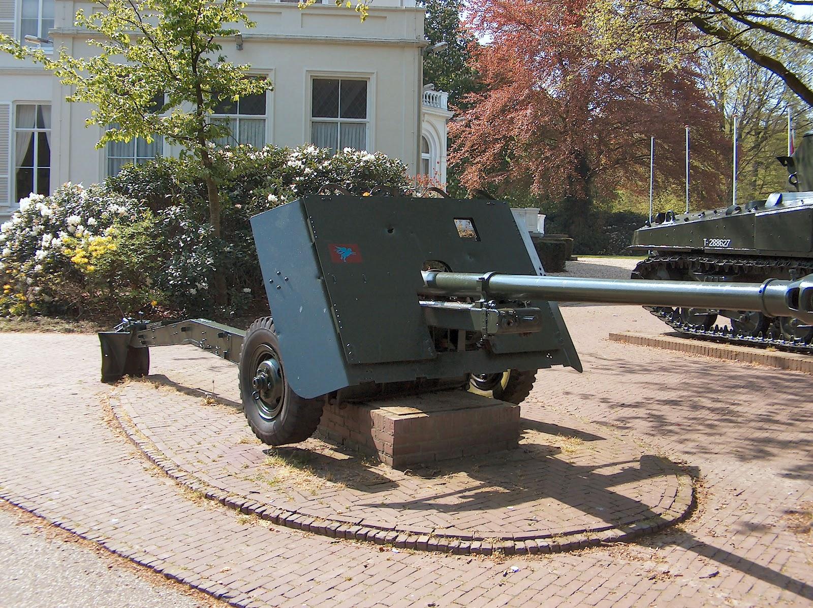 Arnhem Jim: The 17 pounder Anti-Tank Guns at Operation