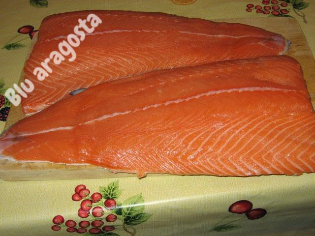 come preparare salmone marinato svedese gravad lax