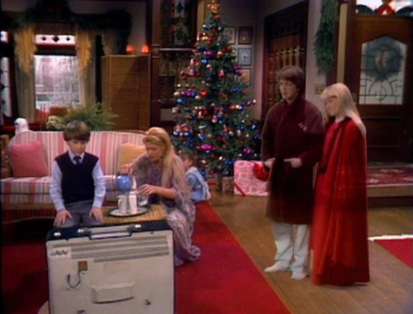 "Holiday Film Reviews: Family Ties: ""A Keaton Christmas Carol"""