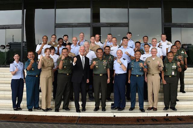 Asintel Panglima TNI Terima Kunjungan Mantan Komandan Komando AS