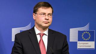Ντομπρόβσκις: Επιλογή της ελληνικής κυβέρνησης η υπερφορολόγηση