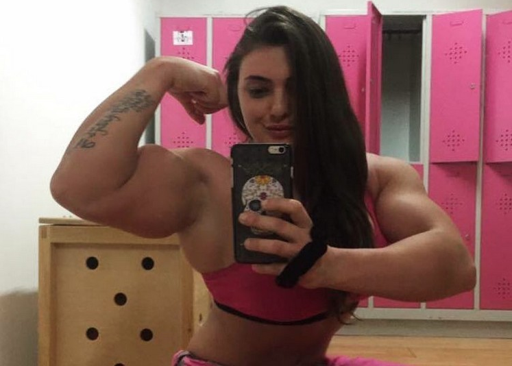 Video Female Bodybuilder Jéssica Sestrem Huge Biceps, magnificently muscular...AND simply awesome in every way :