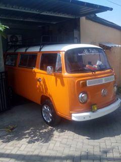 BUKALAPAK MOBIL TUA Dijual VW Kombi 1977 Gerbok Traspoter