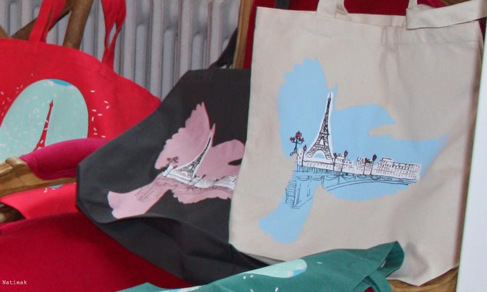 cabas avec  l'oiseau bleu Tour Eiffel.