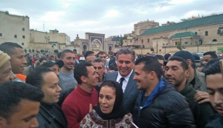 تارودانت24/محتجون يحاصرون مقر أخنوش بأكادير