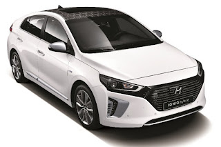 Hyundai Ioniq Hybrid (2017) Front Side