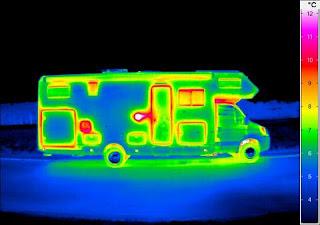 le camping car passe partout isolation d perdition de chaleur sur les camping car. Black Bedroom Furniture Sets. Home Design Ideas