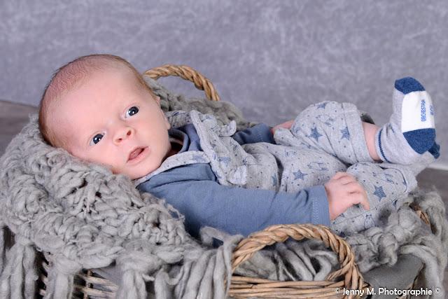 photographe bébé naissance grossesse vendée 85 la chaize le vicomte