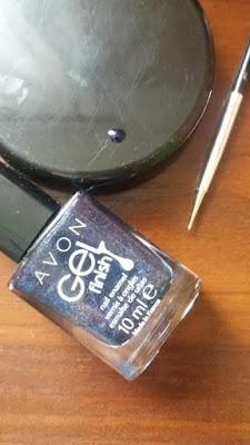 zwykly-lakier-ciemny-niebieski-granatowy-brokat-avon-gel-finish-nail-10ml-sonda