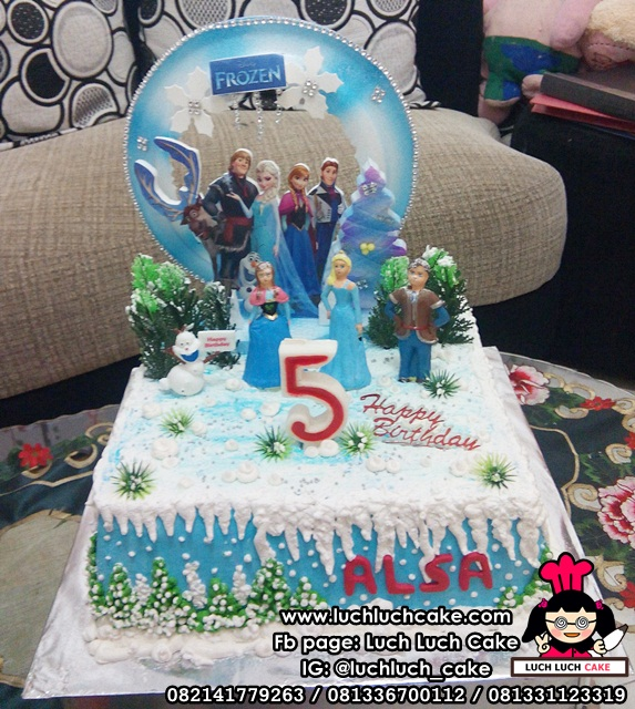 Frozen Queen Elsa and Princess Anna Birthday Cake