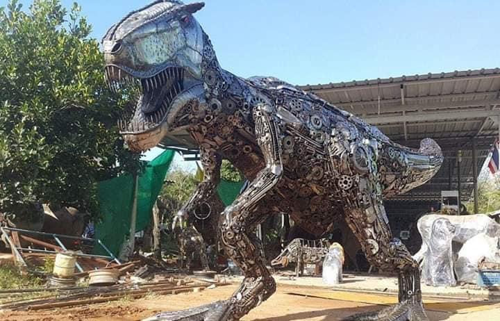 Tiranosaurio Rex de Metal