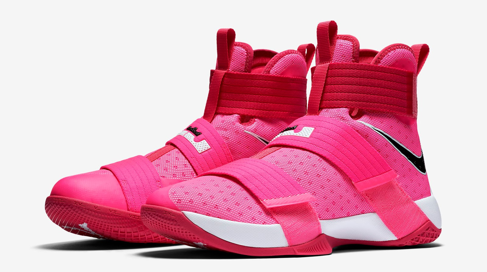 Nike Breast Cancer Shoes  Champs
