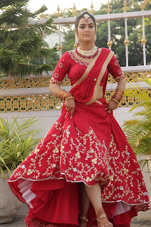 Kavya Thapar Stunning in Red Bridal Saree Amazing Beauty