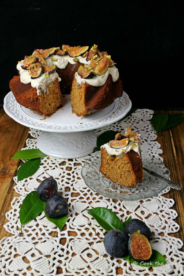 bizcocho-de-miel-higos-y-pistachos, honey-figs-and-pistachios-cake
