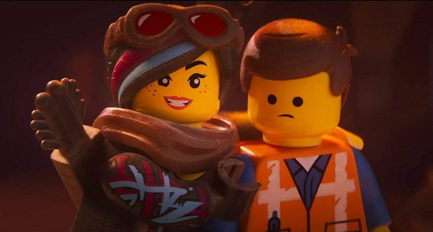 Box Office : 2月8日~10日の全米映画ボックスオフィスTOP5 - スピンオフ映画の連発が裏目に出て、観客がLEGOアニメに飽きたあとの祭りに、ようやく登場した本流シリーズの続編「The Lego Movie 2」が高評価に反して、期待値を大きく下回ったガッカリの成績での初登場第1位 ! !