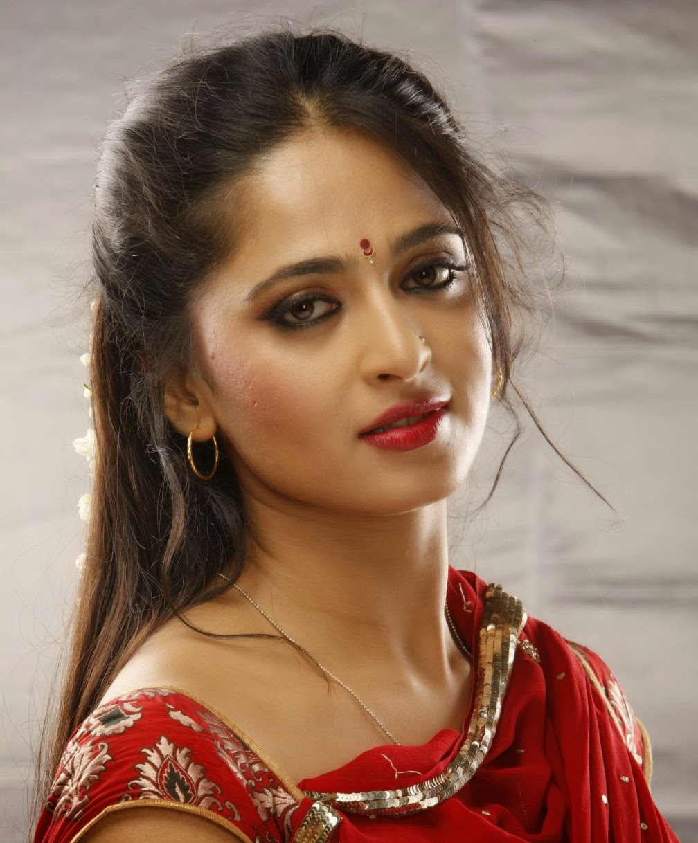 Anushka Shetty Wiki, Biography, Biodata, Age, Weight ...