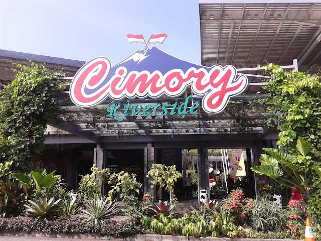 Lowngan Kerja Terbaru PT Cisarua Mountain Dairy (Cimory Group) Lulusan SMA, SMK, D3, S1  Posisi Sales Development Consultant, Project Officer, Landscape Architec, Key Account Area Representative, HRD Staff, Terbaru 2018