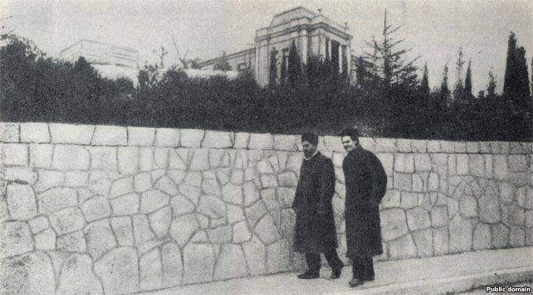 Чехов и Горький в Ялте на Аутской улице