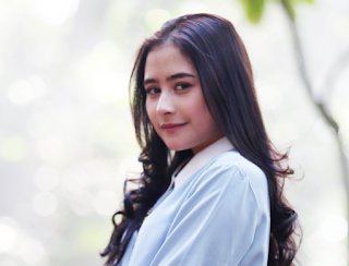 Download Kumpulan Lagu Prilly Latuconsina Full Album Mp3 Terbaru di xtcptmusic.blogspot.com