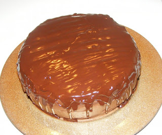 Tort de ciocolata cu glazura retete culinare,