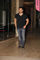 Bollywood Celebrities at Producer Ramesh Taurani hosted party .JPG
