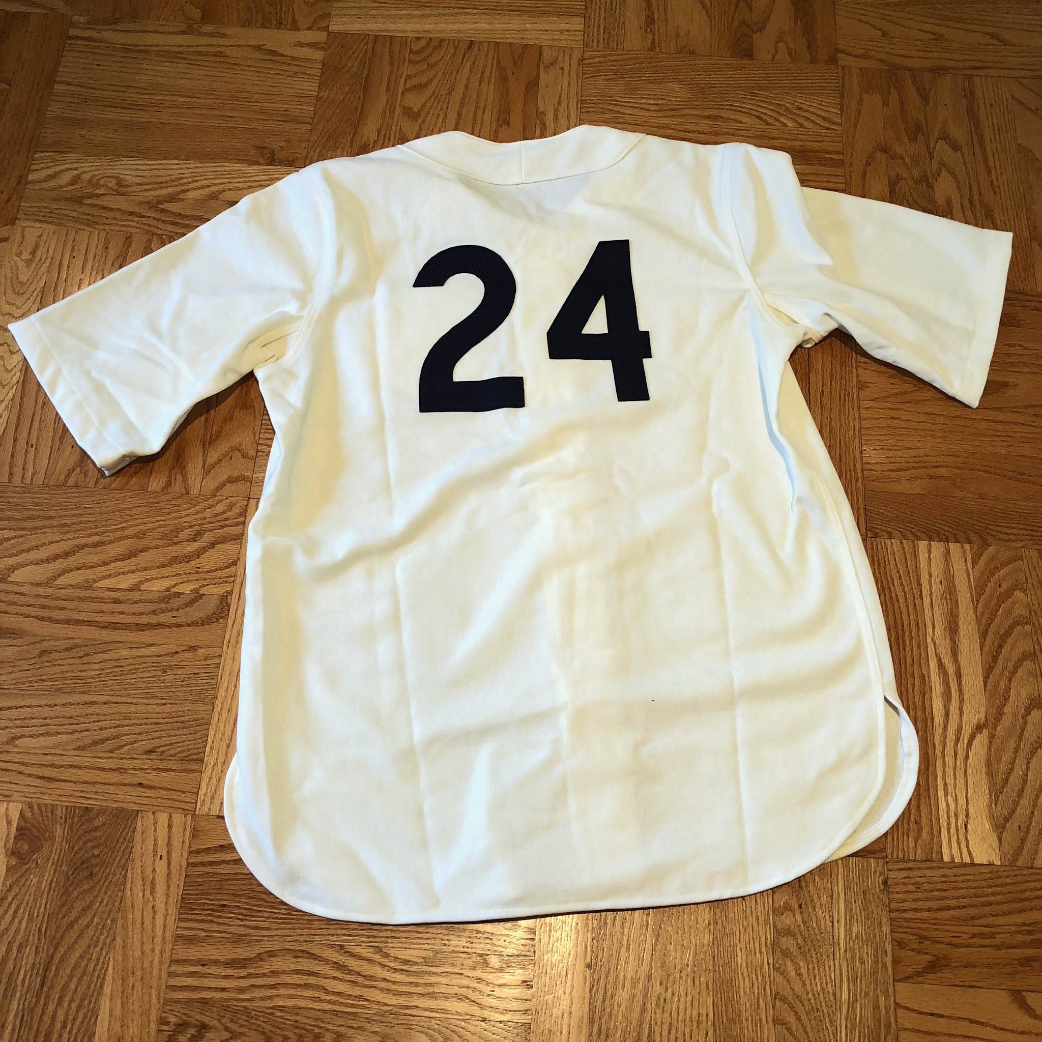 """3dbefacf4 I chose """"24"""" for the back because the AAGPBL Players Association credits 24  women as having played for the club."""