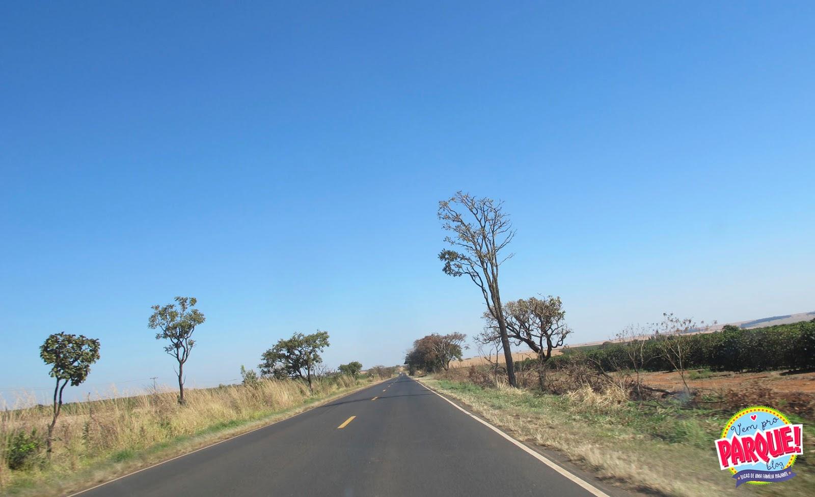 viagem de carro de São paulo ao Rio Quente Goiás
