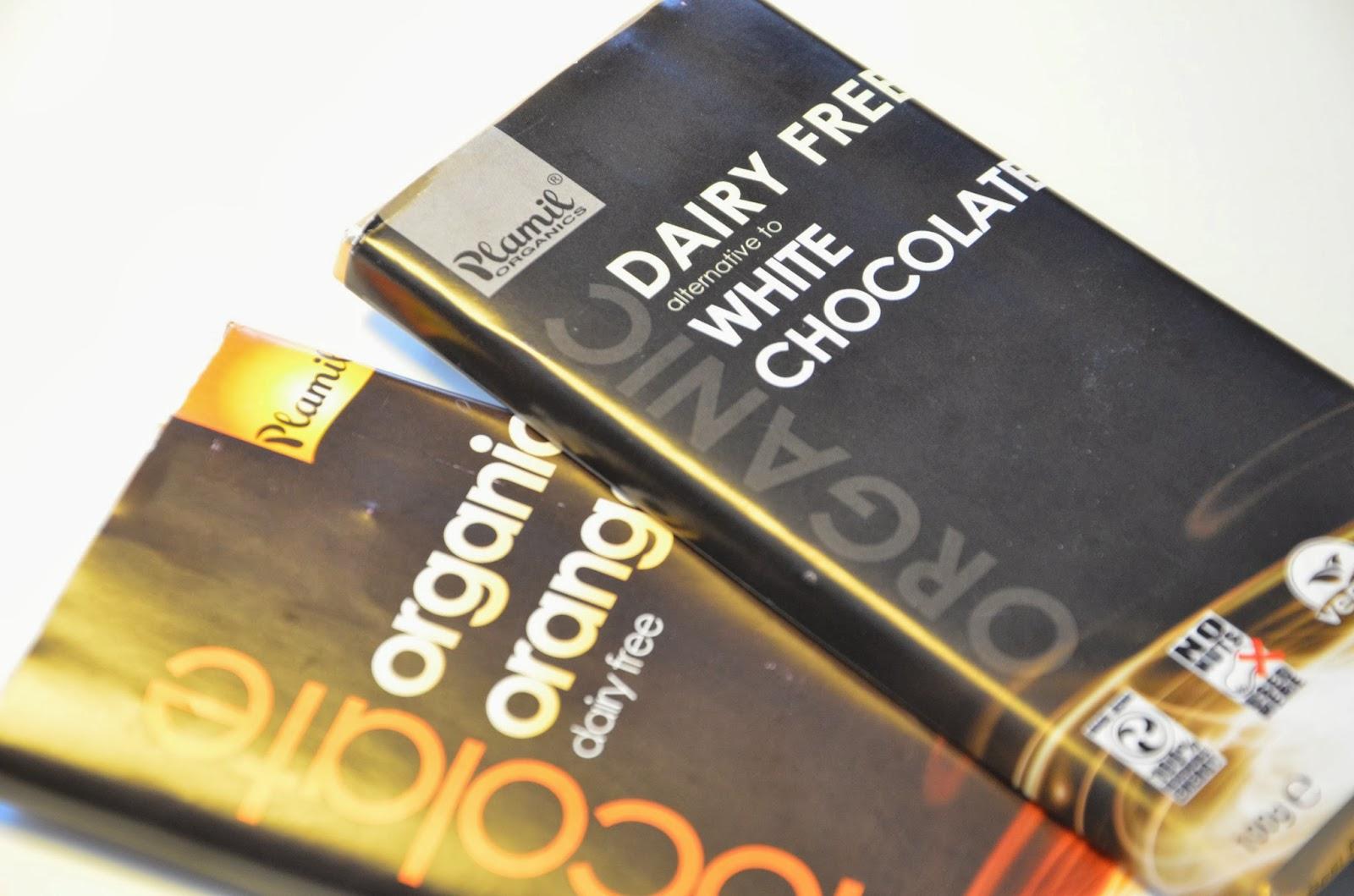 894372edbad Mærket er Plamil organics, og chokoladen er både fri for mælk, gluten, æg,  nødder, er vegansk og økologisk, og så er den fremstillet ved brug af 100%  ...