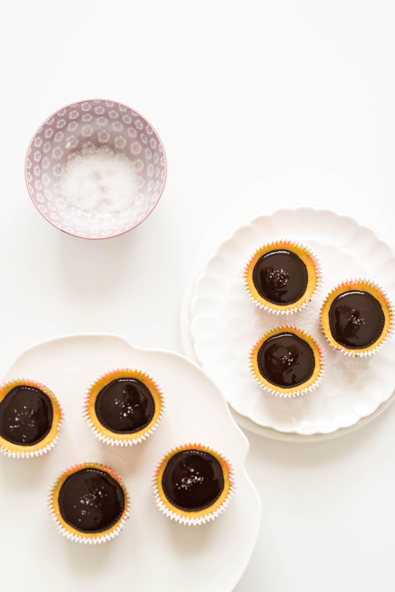 dark chocolate dessert, fall, autumn, pumpkin party food, small cheesecakes, mini