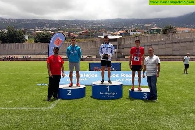 Aythami Brito campeón de Canarias de milla en pista