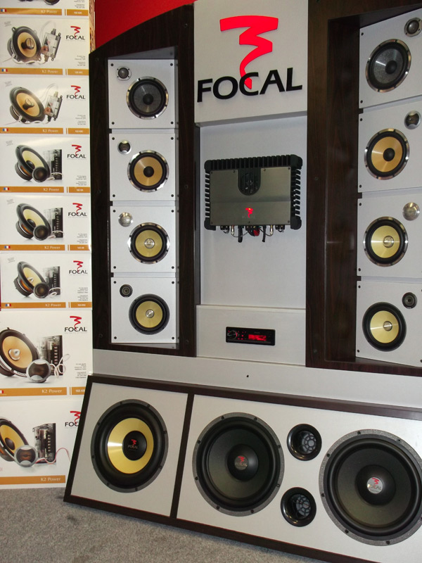focal caraudio en autohifi augustus 2012. Black Bedroom Furniture Sets. Home Design Ideas