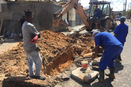 Alagoinhas: Prefeitura continua espalhando operação tapa buraco em toda cidade