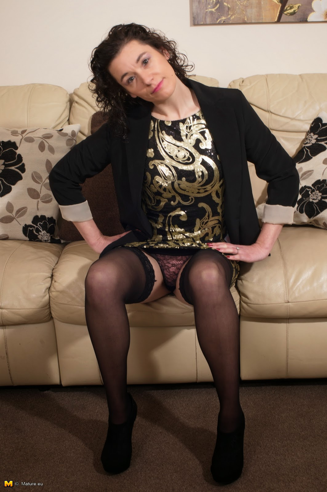 British Mature Stocking Pics