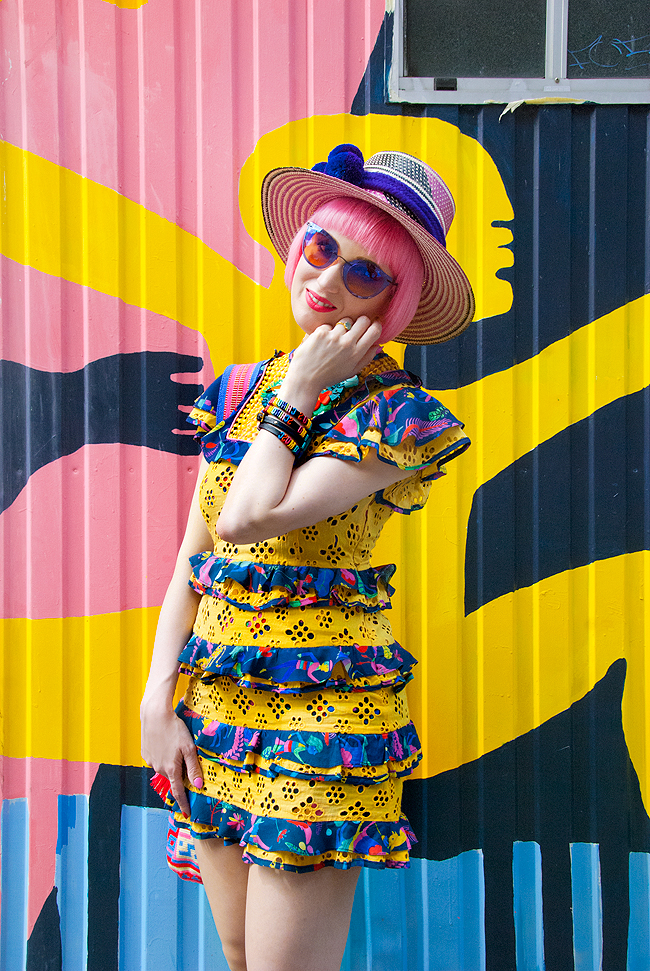 tropical look, colourful fashion, yellow dress
