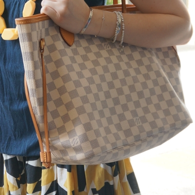 Louis Vuitton MM damier azur neverfull | Away From THe Blue