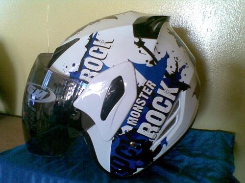 Toko Helm Acel di Kota sangatta helm GM Monster Rock