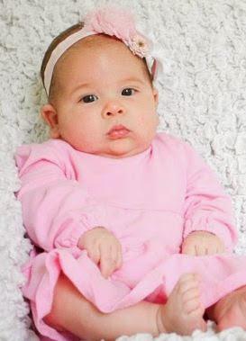 perkembangan bayi 2 bulan