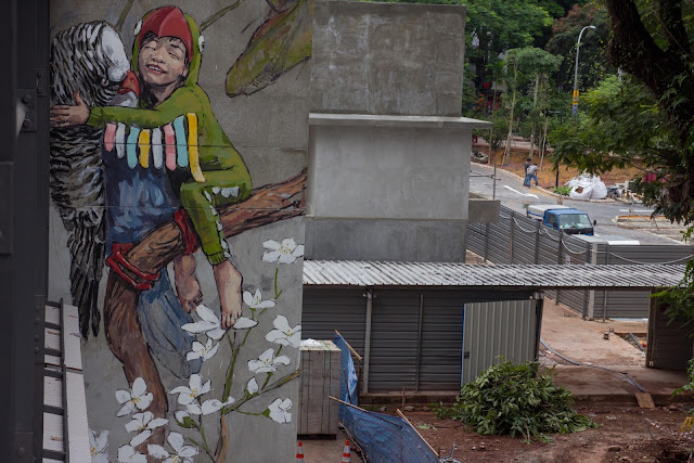The past few weeks, Ernest Zacharevic has been working with Art students at Singapores 'Pathlight School'; the first autism-focused school in Singapore working with autism and related disorders, children aged 7-18.