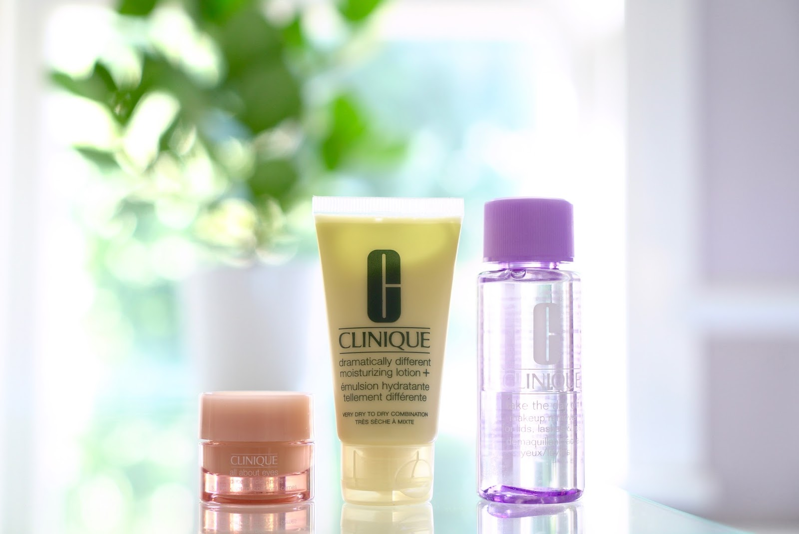 CLINIQUE BONUS TIME, 6 BEAUTY PRODUCTS FREE WITH PURCHASE