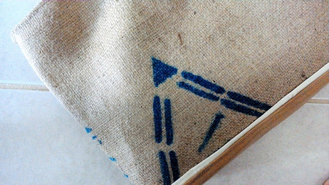 Pyramid Burlap Market tote bag by lina and vi plymouth mi - www.linaandvi.etsy.com