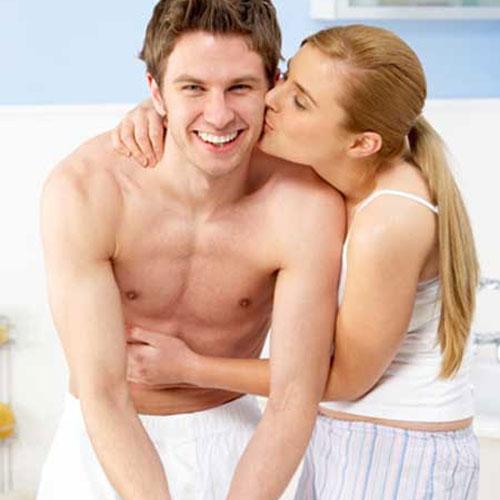 Image result for गर्लफ्रेंड को हमेशा खुश रखने के लिए बस अपनाएं ये आसान
