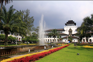 Travel dari Tangerang ke Bandung