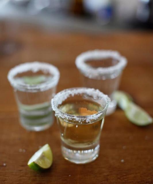 Estudio dice: beber tequila es bueno para tus huesos