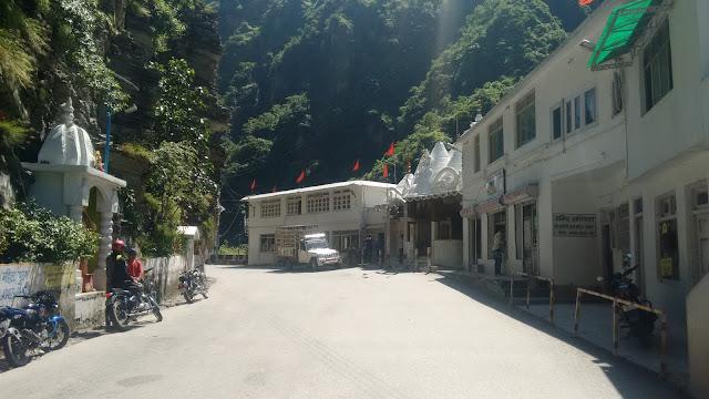 hanogi temple near pandoh lies on NH21 on the way to bhuntar