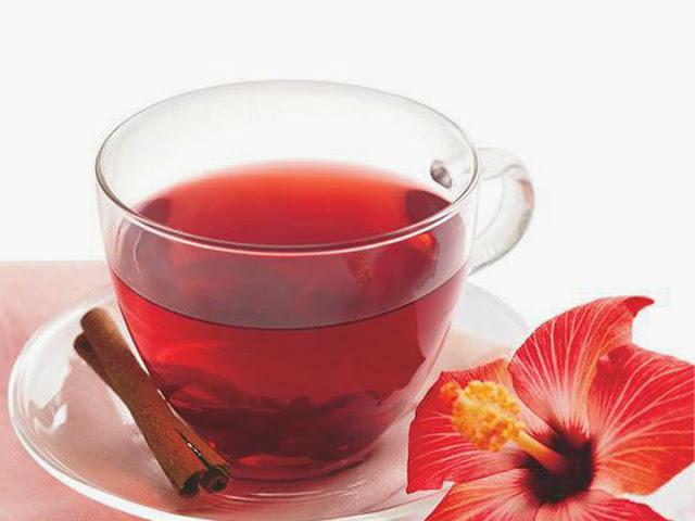 Diário de uma RA: Dieta com chá de Hibisco
