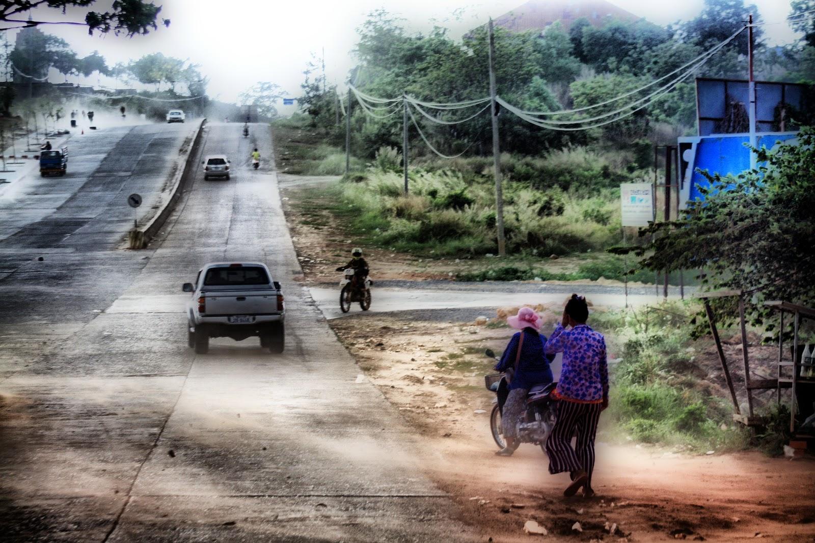 Cambodge, production vidéo, presse, filmmaker, documentaires, documentaries, Christophe Gargiulo, Kampuchéa, Cambodge Mag, magazine, Tonle Sap, articles, nouvelles, video production, Cambodia, KiamProd, KiamProd photography, KiamProd movies,KiamProd music,  revues de presse, vietnam, thaïlande, birmanie, Myanmar, Lao, Laos, Burma, Chine, China. photographies, visages khmers, khmer faces, market, marché, Phnom Penh, nouvel an khmer, Khmer New Year,