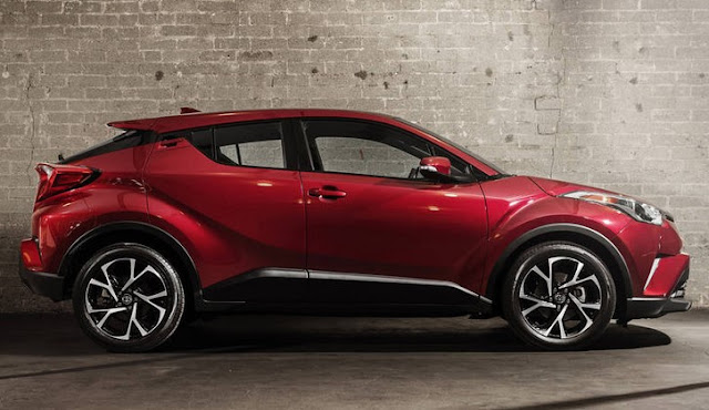 2018 Toyota C-HR Spces Price