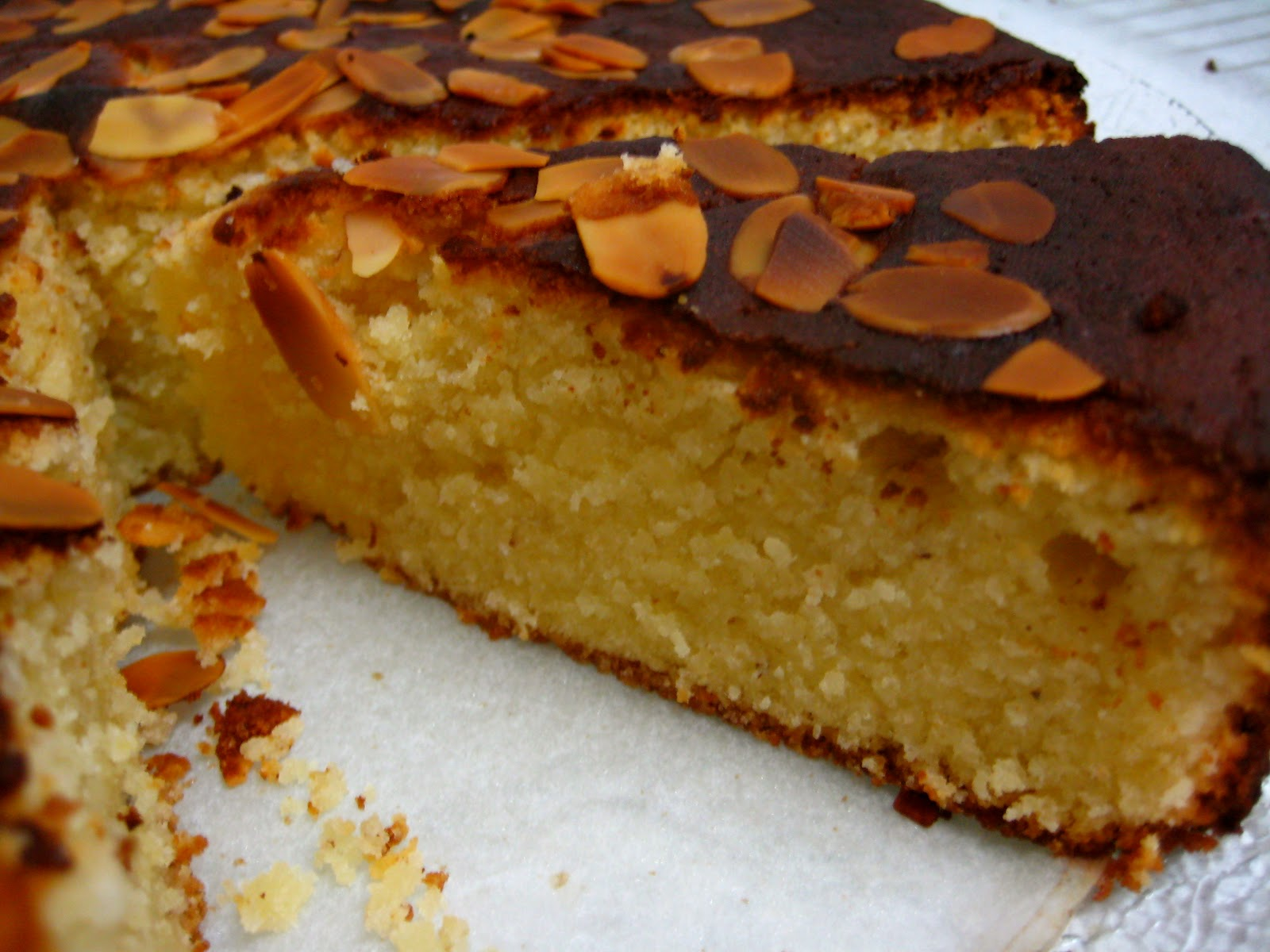Nigella Damp Lemon And Almond Cake