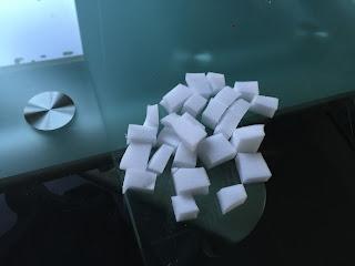 Morceaux d'éponge pour le jelly cube slime