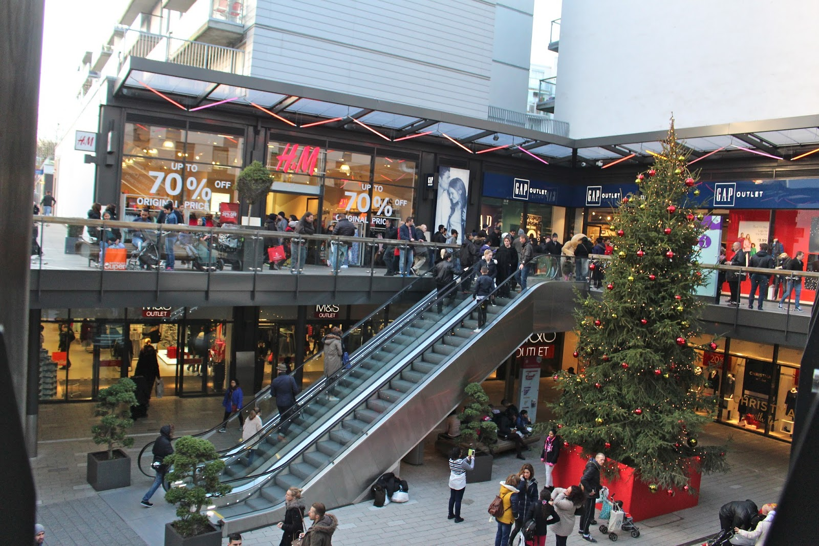 London Designer Outlet Wembley Restaurants